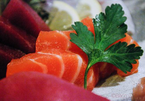 Detalle Sashimi salmon en Bun Sichi restaurante japones barcelona pasaporte time out