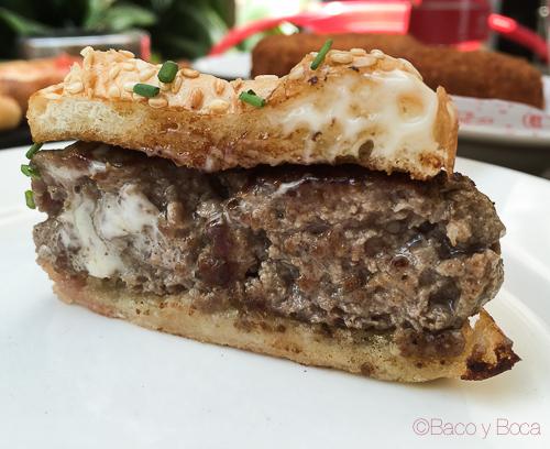 mini hamburguesa en Tantarantana Bao y boca