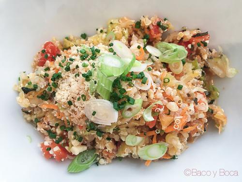 Ensalada de quinoa Satay Grill Baco y Boca