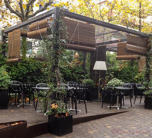 Terraza Dos Torres restaurante Barcelona