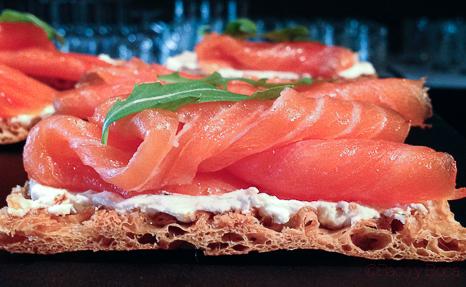 salmon-sunday-brunch-alma-bacoyboca