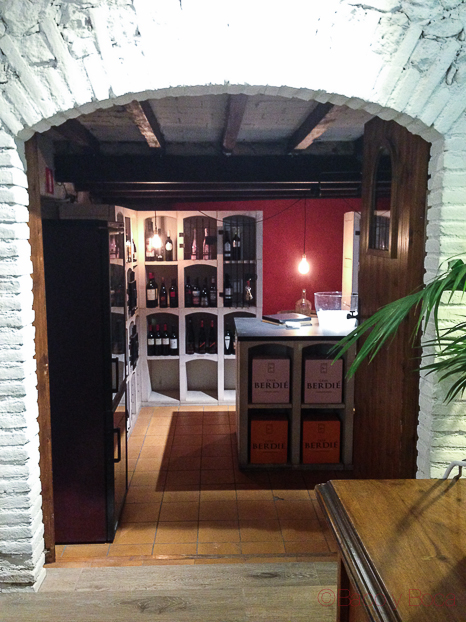 bodega vinoteca Jovani&vins bacoyboca